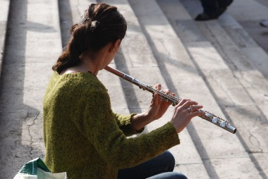 strassenmusikerin in puerto cruz, teneriffa