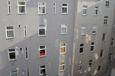 fenster im hof, berlin